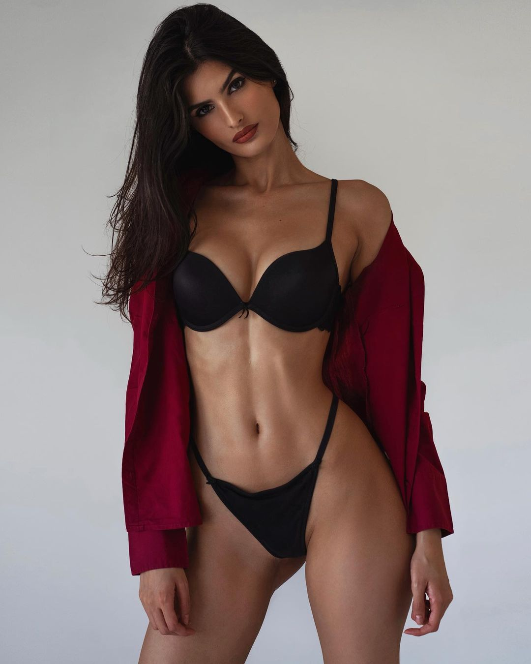 Yael Aris